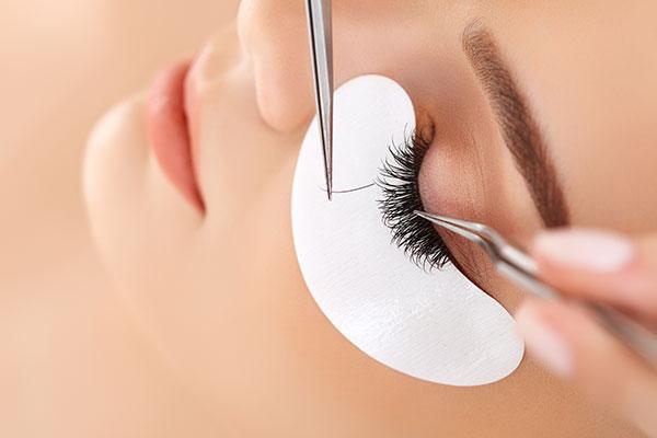 Maintenance of eyelashes