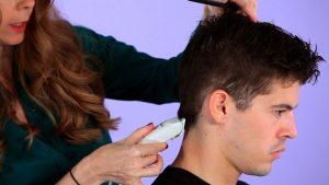 мъжко подстригване с машинка