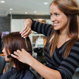 дамско подстригване